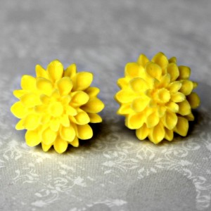 sunny yellow mums 2