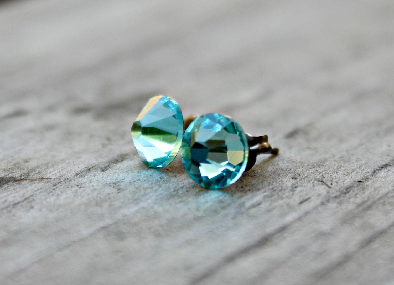 Light Turquoise Blue Swarovski Crystal Earrings Ris C